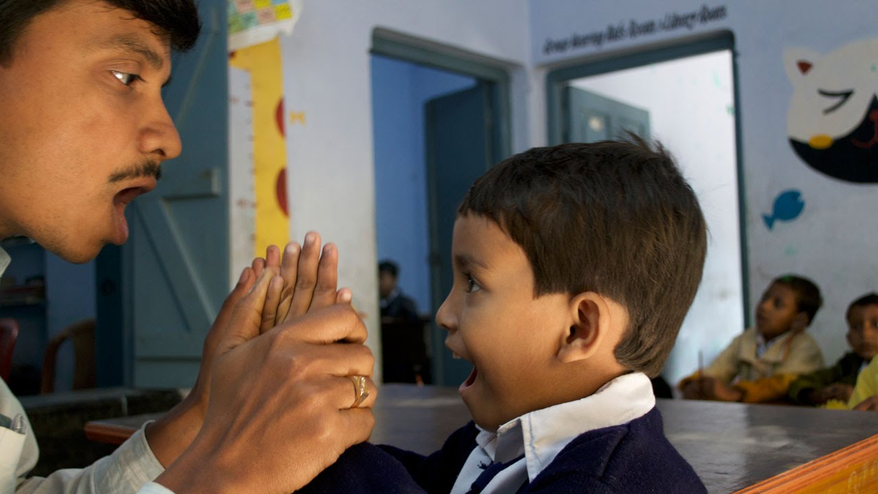 ബധിര മൂക വിദ്യാര്ത്ഥികളുടെ സങ്കടങ്ങള് അറിയണം