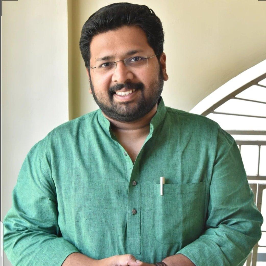 കേരളത്തില് ഇനി കാലുമാറ്റം 'ആയാ ജോസ് ഗയാ ജോസ്' എന്നറിയപ്പെടും: കെഎസ് ശബരീനാഥന്
