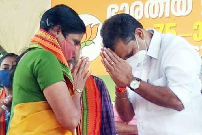 വേങ്ങേരിയിലെ സിപിഎം രക്തസാക്ഷി വിജുവിന്റെ സഹോദരി ബിജെപിയില്