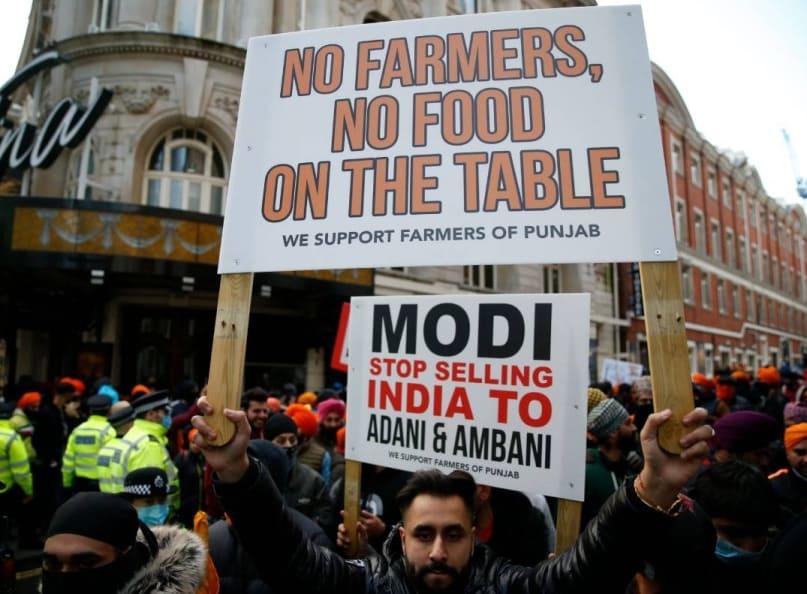 'മോദീ, അദാനിക്കും അംബാനിക്കും ഇന്ത്യയെ വില്ക്കുന്നത് നിര്ത്തൂ';കാര്ഷിക ബില്ലുകള്ക്കെതിരെ ലണ്ടനില് പ്രതിഷേധം
