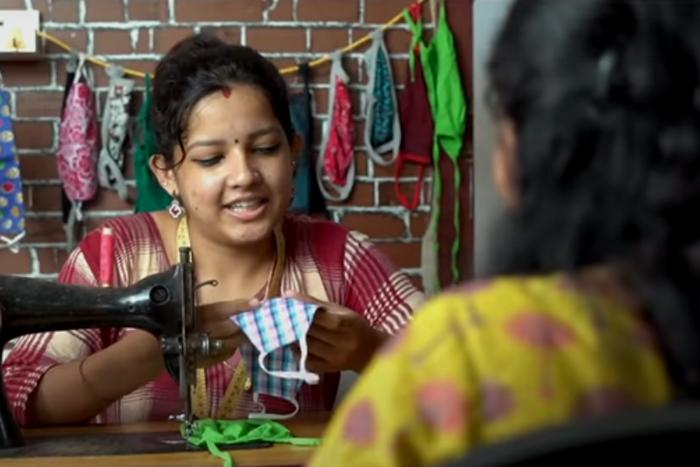 'റെയര് പീസാണ്, കൊറോണ അടുപ്പിക്കൂല'; ഭര്ത്താവിന്റെ കള്ളിനിക്കറും മാസ്കായി- വീഡിയോ