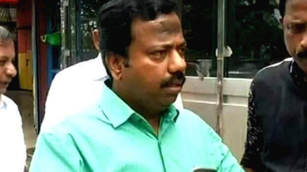 അനധികൃത സ്വത്ത് സമ്പാദനം: സക്കീര് ഹുസൈനെ സി.പി.എം തിരിച്ചെടുത്തു