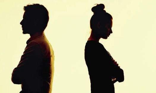 മൂന്നു ദിവസം ഭാര്യയ്ക്കൊപ്പം, മൂന്നു ദിവസം കാമുകിക്കൊപ്പം, ഒരു ദിവസം ഓഫ്!; വിചിത്ര പരിഹാരവുമായി പൊലീസ്